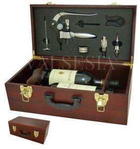 Exkluzívny darčekový kufrík na dve vína s vývrtkou DELUXE a príslušenstvom