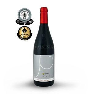 Zuzkin Pinot (Pinot Noir) 2013 Limited edition, Oaked, akostné víno, suché, 0,75 l