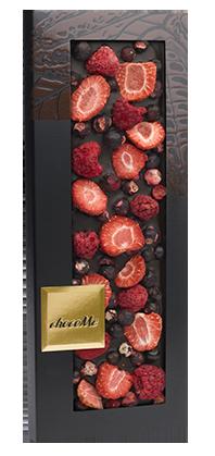 ChocoMe - Tmavá čokoláda 66% malina, jahoda, čierne ríbezle, 100g