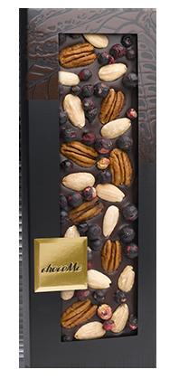 ChocoMe - Tmavá čokoláda 66% pekanové orechy, mandle, čierna ríbezľa, 110g
