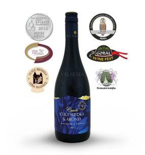 Cuvée Čučoriedka & Arónia, značkové ovocné víno, sladké, 0,75 l